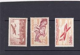 Petit Lot ,3 Timbres Principaux Du Lot,lire Description - Stamps