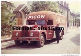 Reproduction D'une Photographie D'un Camion Pour La Marque Picon Pikina - Reproductions