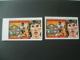 TIMBRE FOOTBALL ESPANA 82  DENTELE ET NON DENTELE  NEUF **  MNH - 1982 – Spain