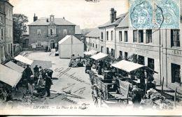 N°998 A -cpa Livarot -la Place De La Mairie- - Livarot