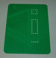 Lego Vintage Plaque De Base Verte 24x32 Avec Point Blanc Ref 10p02 - Lego Technic