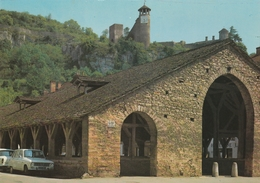 Carte Postale Des Années 70 De L'Isère - Crémieu - Cité Médiévale - Les Halles - Crémieu