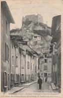 Carte Postale Ancienne De L'Isère - Crémieu - Château Delphinal Et Rue Des Augustins - Crémieu