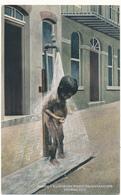 PANAMA CITY - Taking A Bath In The Street - Panama