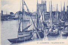 17. LA ROCHELLE.. CPA.  VUE GÉNÉRALE   DU PORT. - La Rochelle