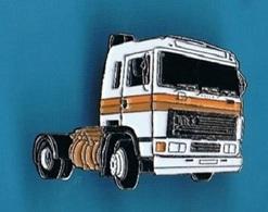 1 PIN'S  //    ** ERF / E12 ** MAN ** - Transportation
