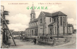 56 LA ROCHE-BERNARD - L'église Et La Rue De L'Hopital - La Roche-Bernard