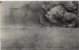 CPA Nouvelles Hébrides Circulé Type Voir Scan Du Dos Volcan - Vanuatu