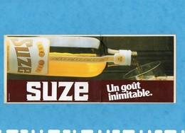 Sticker Autocollant,SUZE Un Gout Inimitable , Stickers Autocollants état Impeccable Dimension 26cmX10,50cm - Autocollants