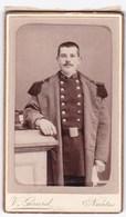 Ancienne Photo Portrait Format CDV Homme Militaire (V. Girard, Nantes) - Anonyme Personen