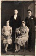 FOTOGLOB C. HUBER-BOTOSANI-FOTO DE FAMILIE ANII 1900 ?FAMILIA GOLUMBOVICI SI TANASE-REAL PHOTO - Romania