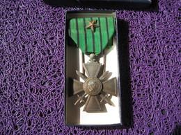 Croix De Guerre Française 1939 Avec Une Citation - France