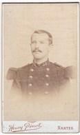 Ancienne Photo Portrait Format CDV Homme Militaire (Henry Penot, Nantes) - Persone Anonimi