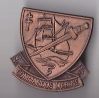 PIN'S THEME  MILITARIA   COMMANDO DE MARINE - Army
