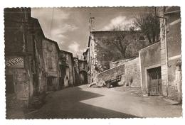 30 Vezenobres, La Place, Le Temple, La Grande Rue (3319) L300 - Andere Gemeenten
