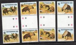 BOTSWANA, 1995, MNH, WWF, HYENAS, GUTTER PAIR - Unused Stamps