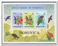 Dominica 1976, Postfris MNH, Flowers, Birds - Dominica (1978-...)