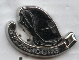 Pin's Automobile Voiture Renault Strasbourg (Decat Paris) - Renault