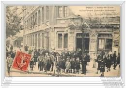 75012 - PARIS - Sortie De L'ecole Du Boulevard Diderot Et Daumesnil - Gondry (tres Animee) Arroseur Public - Arrondissement: 12