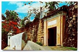 #306   San Juan Gate And Sentry Box - San Juan PUERTO RICO Caribbean Islands - US Postcard - Postcards