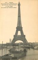 75 - PARIS - Souvenir De La Grande Crue De La Seine - La Tour Eiffel Et La Gare Du Champ De Mars - Inondations De 1910