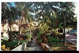 #306   Typical Sidewalk At Old San Juan PUERTO RICO Caribbean Islands - US Postcard - Postcards