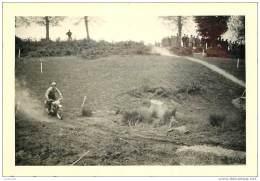 Photo D'une Moto Lors D'un Moto Cross A Montauban En 1953 - Orte