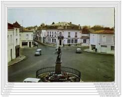 17 - SAUJON - Place Denfert Rochereau - CPSM 10x15 - Saujon