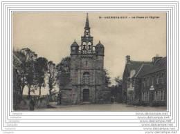 22 - LEZARDRIEUX - La Place Et L Eglise - France