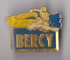 PIN'S THEME MOTONAUTISME    BERCY  PARIS - Badges