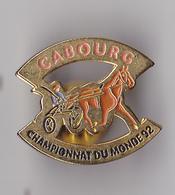 PIN'S THEME SPORT  HIPPISME  CABOURG CHAMPIONNAT DU MONDE 92 - Badges