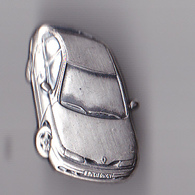 PIN'S THEME  AUTOMOBILE  RENAULT  SIGNE ARTHUS BERTRAND AVEC SIGNATURE RENAULT AU DOS - Renault