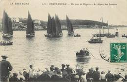 CONCARNEAU - Un Jour De Régates, Le Départ Des Jouteurs. - Concarneau