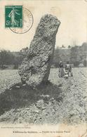CHATEAU LA VALLIERE - Menhir De La Grande Pierre. - Dolmen & Menhirs