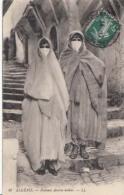 Algérie - Femmes Arabes Voilées   : Achat Immédiat - Scene & Tipi