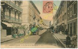 73. ALBERTVILLE . La Rue De La République . CPA Animée . - Albertville