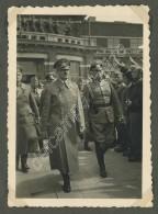 """""""Le Responsable De Nos Misères"""" . Le Chancelier Hitler Paradant . Légende Erronée . - Guerra, Militari"""