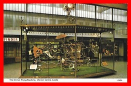 CPA  LEERS (Angleterre)  The Emmet Flying Machine. Merrion Centre...B681 - Leeds