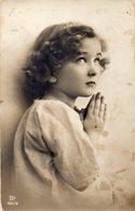 CPA CARTE PHOTO ENFANT - Photographie