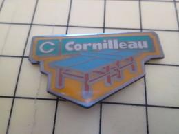 2317 : Pin's Pins / RARE & BELLE QUALITE / THEME : SPORTS /  CORNILLEAU TABLE TENNIS DE TABLE PING PONG - Table Tennis