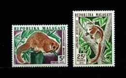 Madagascar  Nº Yvert  536/7  En Nuevo - Madagascar (1960-...)