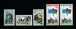 Madagascar  Nº Yvert  357/9-362/3  En Nuevo - Madagascar (1960-...)