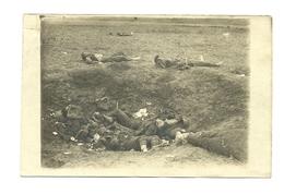 AK Frankreich - 1918 - Granattrichter Mit Toten Engländern - Fotokarte - Guerre 1914-18
