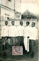 N°1096 A -cpa Cambodge -Phon Penh -groupe D'interprètes- - Cambodia
