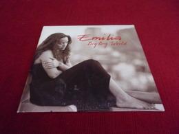 EMILIA  °°  BIG BIG WORLD  °° CD   SINGLE  DE COLLECTION   2 TITRES - Music & Instruments