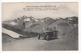 CP. Voiture Sur La Route Des Alpes. Sommet Du Col D'Allos - Turismo