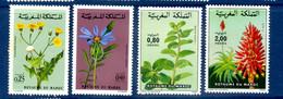 - Etat : **  Maroc  4 Timbres  Fleurs  YT 648,649,967,968    Cl Animaux 284 - Autres