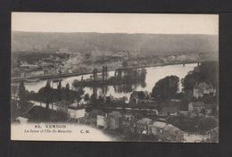 CPA . Dépt.27. VERNON . La Seine Et L'Ile-St-Maurice . - Vernon