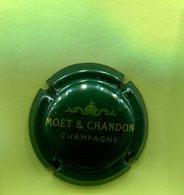 P22 : CHAMPAGNE MOET ET CHANDON 190 - Moet Et Chandon