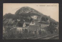 CPA . Dépt.27. VERNONNET . Maison Dans Le Roc . - Francia